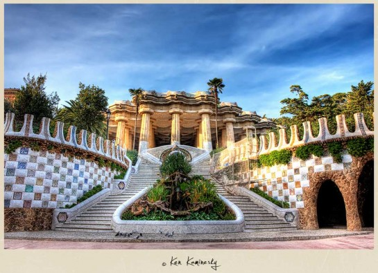 -Parc-Guell-Stairs1