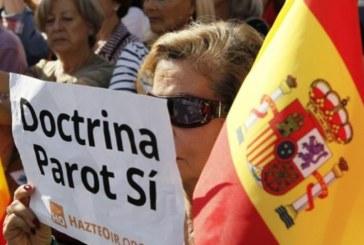 Abucheos a dirigentes del PP en la concentración de ayer de apoyo a las víctimas