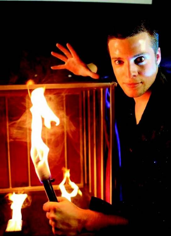 Sábado 26, espectáculo en euskera del mago Sun en Civivox Mendillorri