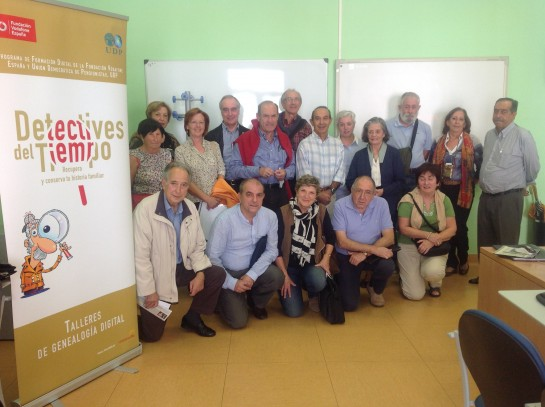 Los mayores de Pamplona recuperan su historia familiar en Internet