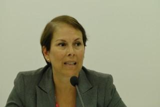 "La diputada de Geroa Bai acusa a Rajoy de ""vender humo"" a Navarra"