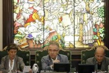 El alcalde de Pamplona acepta la dimisión de Polo