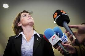 """Yolanda Barcina no dimite y no convoca elecciones porque no piensa """"seguir la hoja de ruta de Bildu"""""""