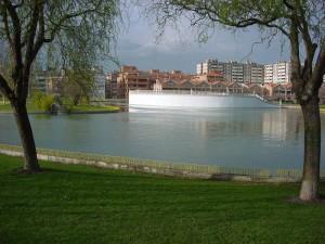 Barañáin volverá a 'tener' su lago en el Parque de la Constitución tras arreglar el problema de filtraciones