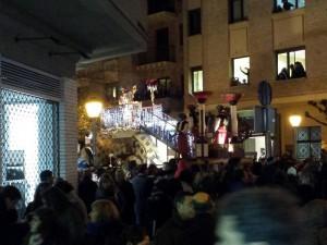 El Rey Baltasar recorre el centro de Pamplona