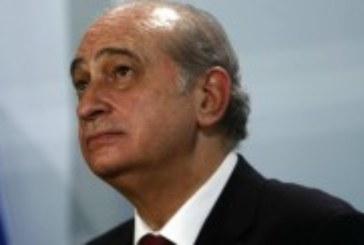 Fernández Díaz dice ahora que el acto etarra es «repugnante»