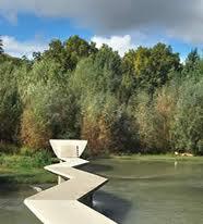 Limpian el curso del río Arga por estética y por prevención ante lluvias y desbordamientos