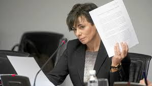 La vicepresidenta Goicoechea solicitó trato de favor para la Universidad de Navarra