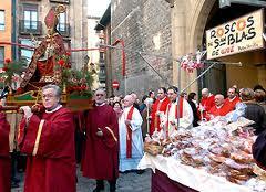 3 de febrero, San Blas. Mercadillo de dulces, procesión, bendición, misa y folclore en San Nicolás