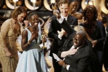 «12 años de esclavitud» y «Gravity» se llevan los Oscars