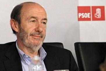 Rubalcaba critica a Montoro por arremeter contra la «ultraizquierda» Cáritas
