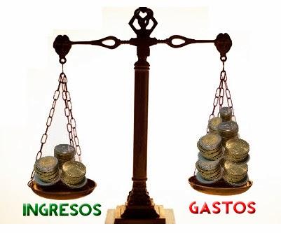 EDITORIAL: Rajoy sigue la senda del despilfarro de Zapatero