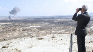 """El ministro Morenés califica de """"gasto social"""" los ejercicios con fuego real en Las Bardenas"""
