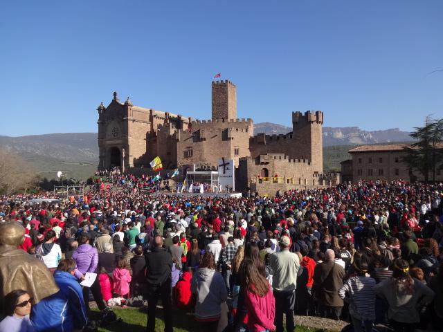 Más de 23.00 personas durante la segunda y última de las Javieradas de 2014