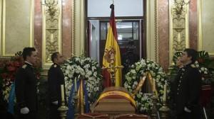 Último adiós a Adolfo Suárez antes de ser sepultado en la Catedral de Ávila