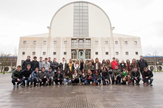 Estudiantes del Colegio Nuestra Señora del Puy de Estella visitan la Universidad Pública de Navarra