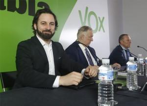"""Santiago Abascal (VOX) declara en Lérida: """"El mayor acto de corrupción es tratar de robarnos una parte de nuestro país"""""""