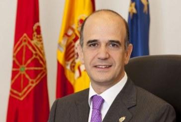 Catalán muestra su «reconocimiento» al Rey por sus «años de servicio»