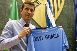 El pamplonés y ex de Osasuna Javi Gracia fue presentado como nuevo entrenador del Málaga