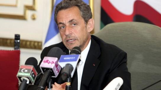 Sarkozy dice que expulsará a los delincuentes extranjeros si es presidente
