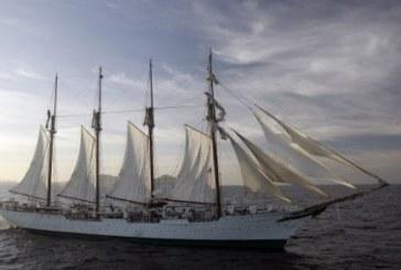 Hallan 127 kilos de cocaína escondidos en el buque escuela de la Armada Juan Sebastián Elcano
