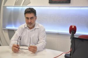 Luis del Pino: Director de Sin Complejos en esRadio, autor de Los enigmas del 11-M y 11-M Golpe de régimen, entre otros. Analista de Libertad Digital