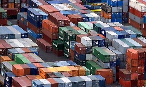 El déficit comercial baja el 3,7 % hasta marzo y se sitúa en 6.933 millones