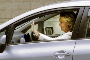 Esperanza Aguirre llegando en su coche a la Asamblea de Madrid, en una imagen de 2012.