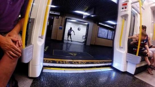 El hombre que corre más rápido que el metro