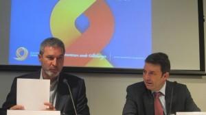 El presidente de la Sociedad Civil Catalana, Josep Ramon Bosch (izda)