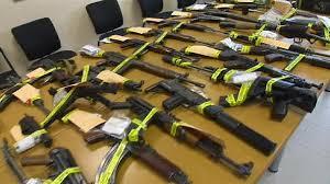 Desmantelada una red de tráfico de armas por Internet en Francia