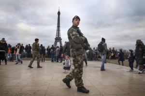 Francia refuerza dispositivo de seguridad