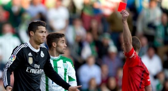 Cristiano Ronaldo, dos partidos de sanción