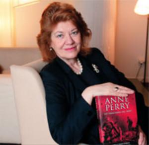 La novelista británica Anne Perry, acaba de visitar España. DR