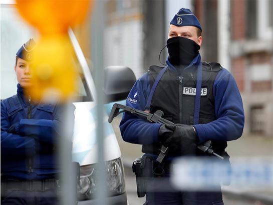 Acuchillan a tres militares franceses en el centro de Niza