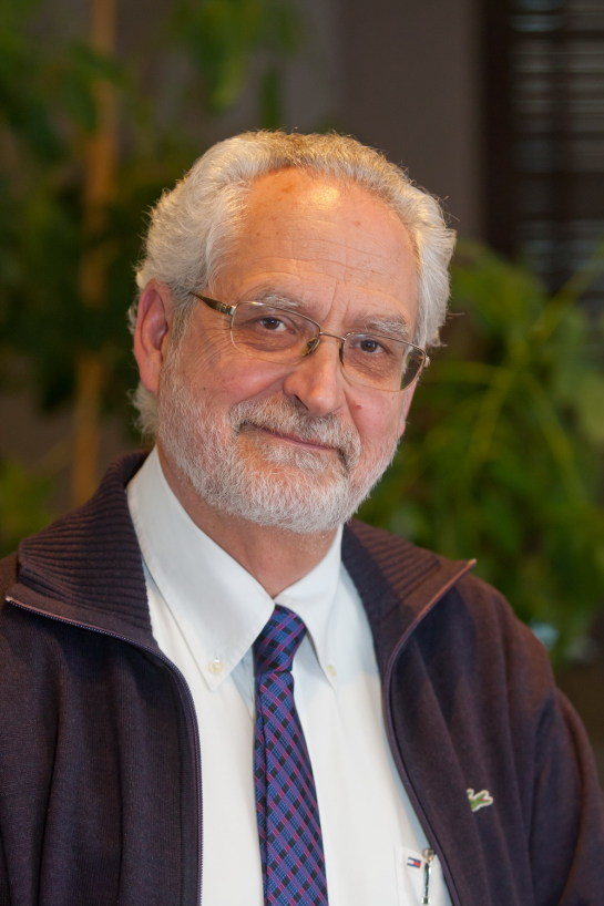 Un experto afirma en la Universidad de Navarra que el nuevo tratamiento de la hepatitis C está justificado para los pacientes más graves