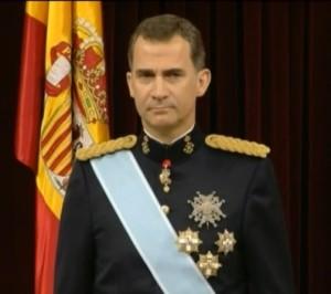 Felipe VI se baja el sueldo un 20% y cobrará 234.204 euros al año
