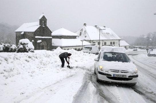 Navarra continuará este sábado en alerta por aludes y frío