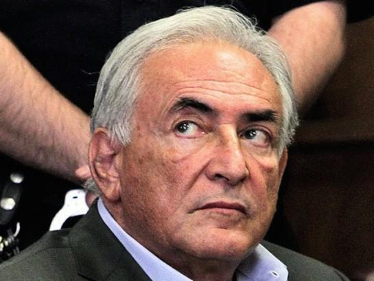 Strauss-Kahn niega conocer a acusados por proxenetismo
