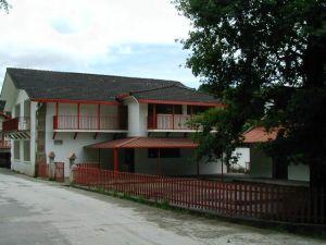 colegio de Urdax-Zugarramurdi, DR