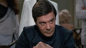"Louis Jourdan interpreta al siniestro Kamal del ""Octopussy"" de James Bond. DR"