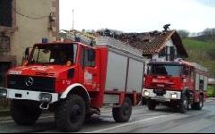 Controlado el incendio de Labraza (Álava) al que han acudido 50 bomberos de Navarra