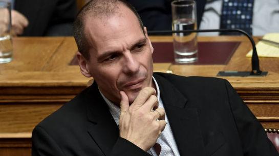 Varufakis se enfrenta a Tsipras