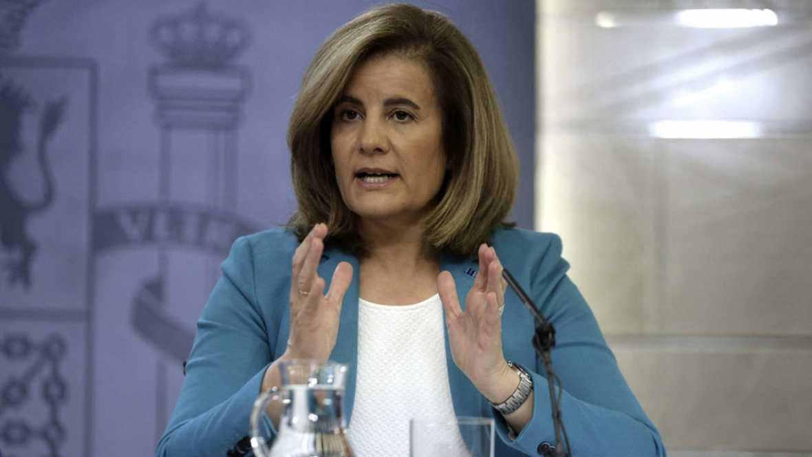 Báñez dice que España reduce el paro «más que nunca» y con más intensidad que otros países de la UE