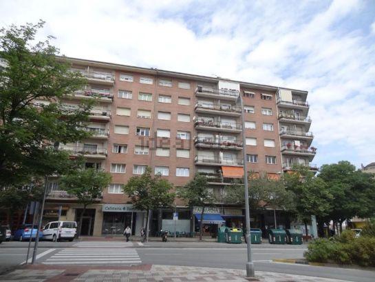 El precio de la vivienda de alquiler subi un 2 4 en for Idealista pisos pamplona