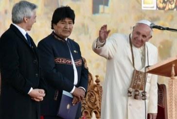 El Papa elogia la Bolivia de Evo Morales y pide diálogo por su salida al mar