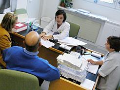 Los centros de Salud de Pamplona solo pasarán consulta ordinaria a la mañana