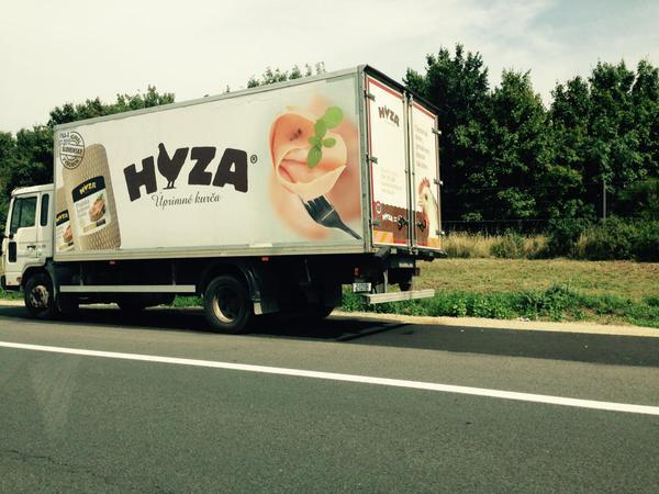Tres niños en estado crítico rescatados en otro camión con otros 23 inmigrantes en Austria