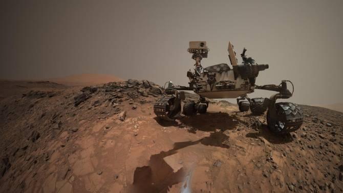 Curiosity finaliza su investigación de un terreno cuyo subsuelo tiene minerales ricos en agua
