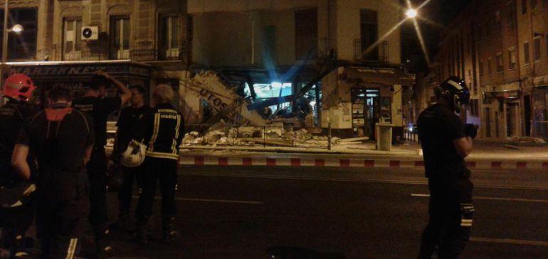 El Ayuntamiento de Madrid derriba el edificio desalojado en el barrio de Tetuán